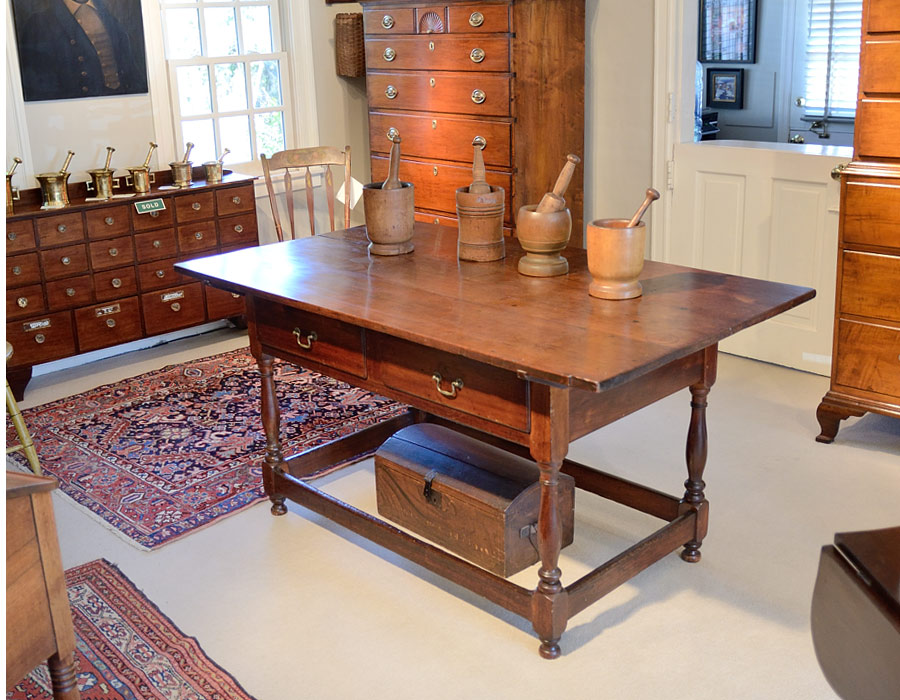 Early-Federal-Cherry-Tavern-Table