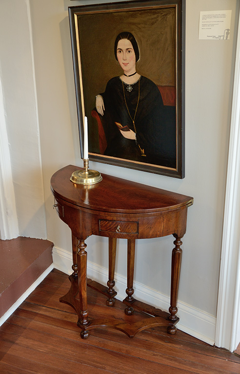 William-Mary-Side-Table