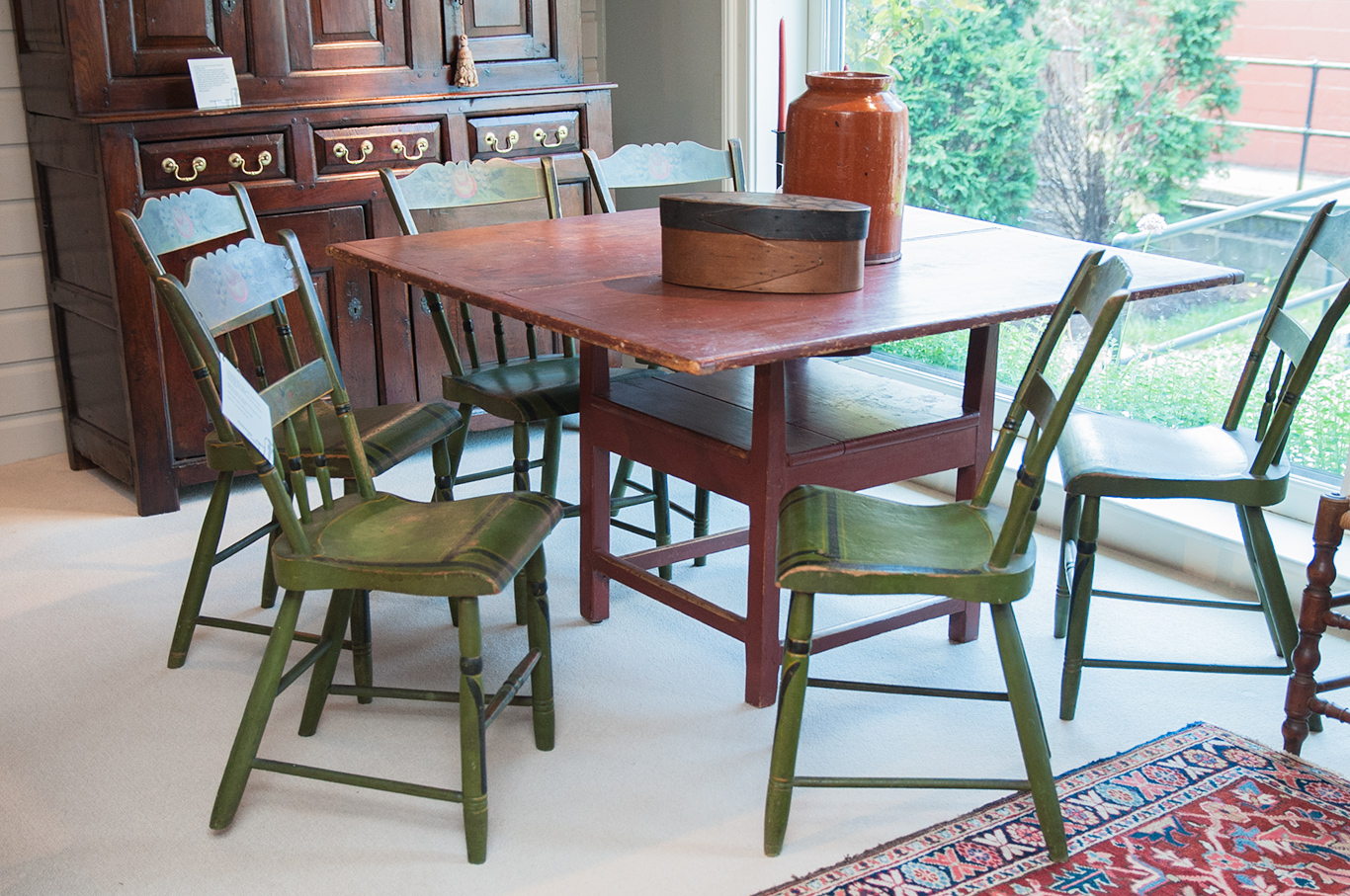 Decorated-Green-Side-Chairs-Set