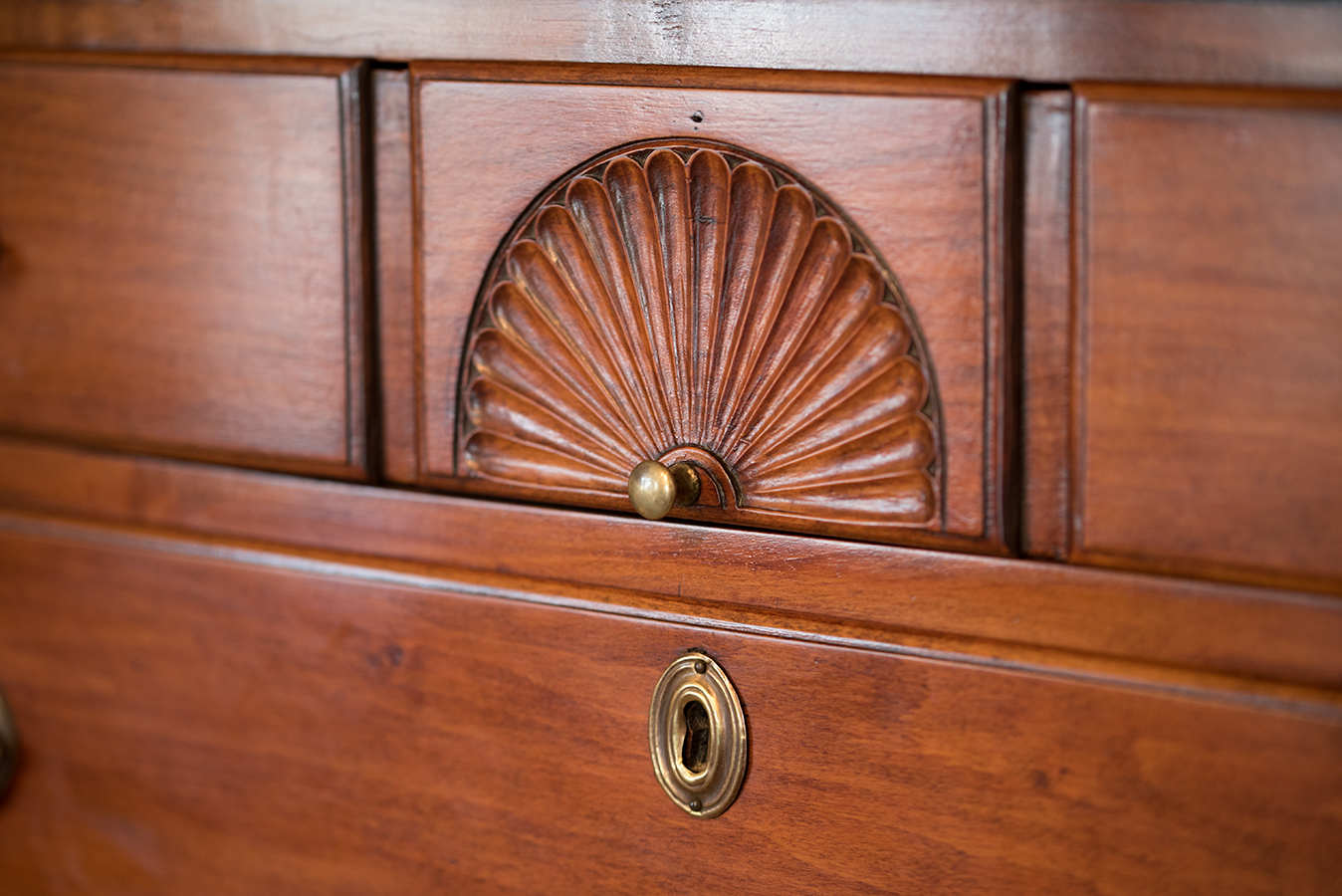 Queen Anne Chest On Frame Fan
