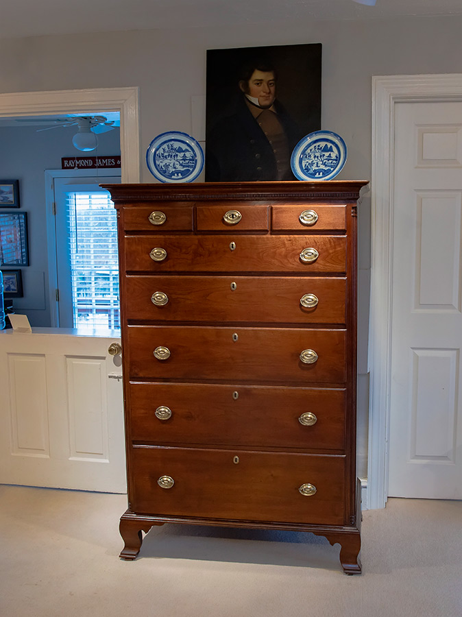 Chippendale Walnut Chest Drawers