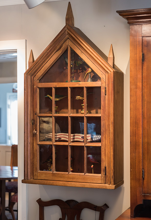 Pine-Hanging-Cupboard
