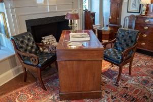 George III, Mahogany 3 Part Writing Desk.Detail