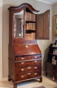 George II, Walnut Secretary Bookcase Detail