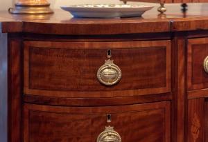 George III, Mahogany Inlaid Sideboard detail