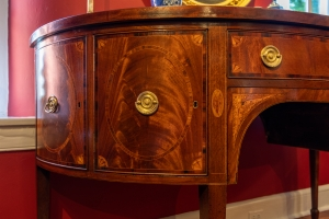 Federal Mahogany Inlaid Demi-Lune Sideboard detail