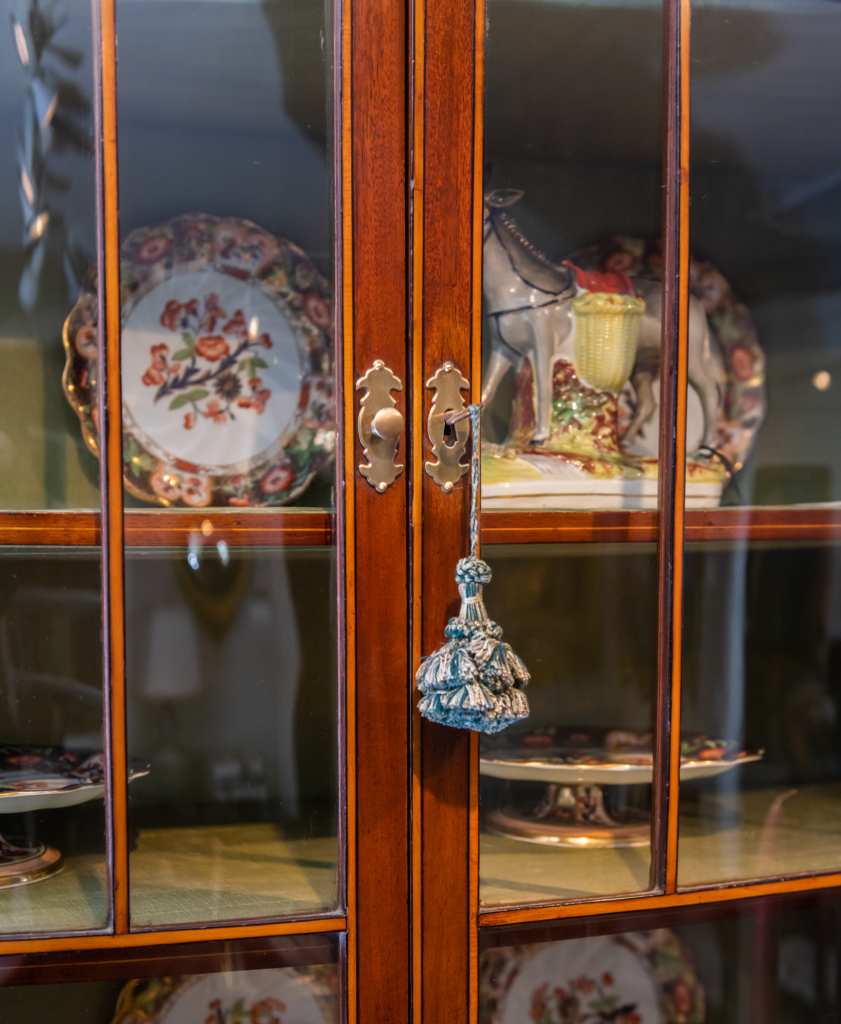 Display Cabinet - Interior
