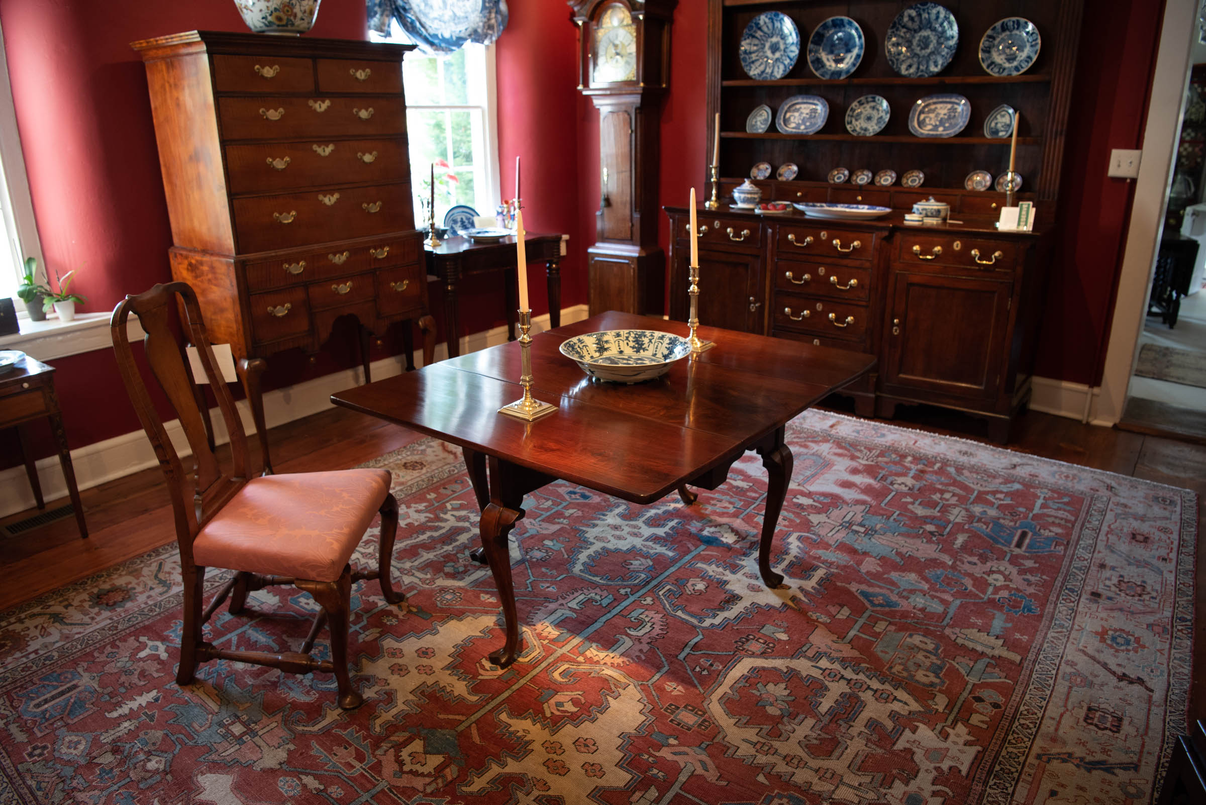 Queen Anne Figured Walnut Dining Table